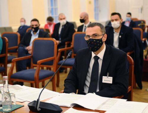 Maroš Žilinka a Daniel Lipšic na mimoriadnom výbore