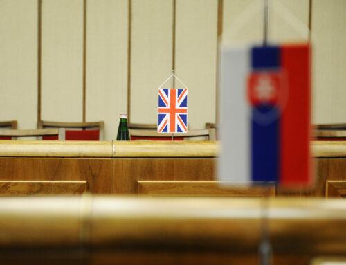 S britským veľvyslancom Nigelom Bakerom o reforme justície